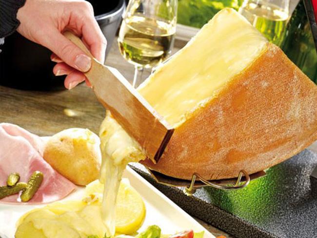 trải nghiệm ẩm thực khi đi du lịch Thụy Sĩ