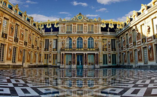 Những địa điểm du lịch nổi tiếng ở Pháp không thể bỏ qua