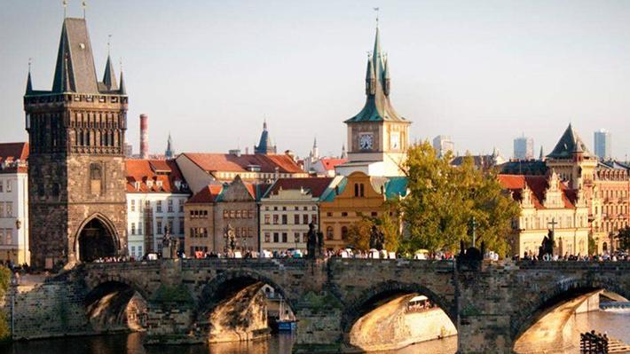 Cầu Charles – biểu tượng số một của Prague