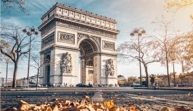 du lịch Pháp tốn bao nhiêu tiền?