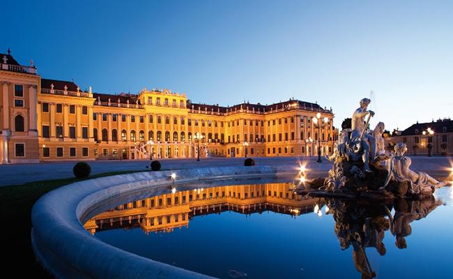 Kinh nghiệm du lịch Vienna giá rẻ đi đâu ở đâu ?