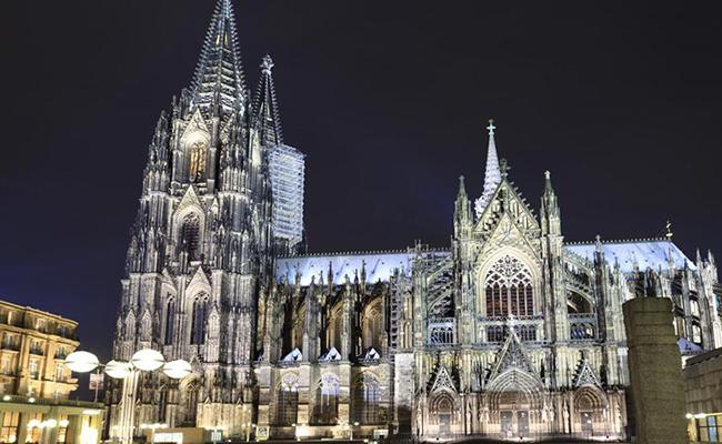 Kết quả hình ảnh cho Nhà thờ chính tòa Köln -