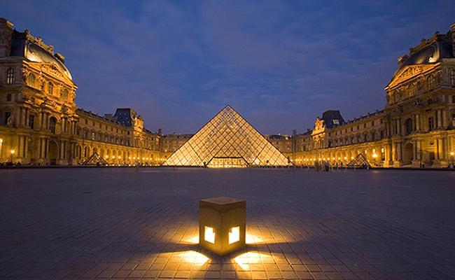 Kiến trúc của bảo tàng Louvre