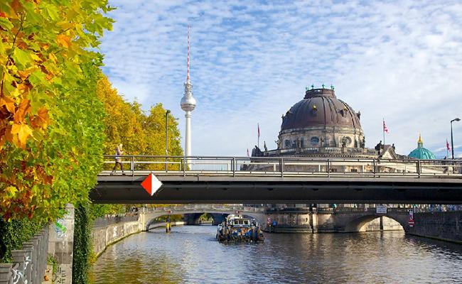 Những địa danh nổi tiếng ở Berlin bạn không thể bỏ qua