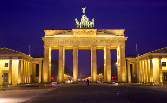 Cổng Brandenburg chứng nhân lịch sử vĩ đại của nước Đức
