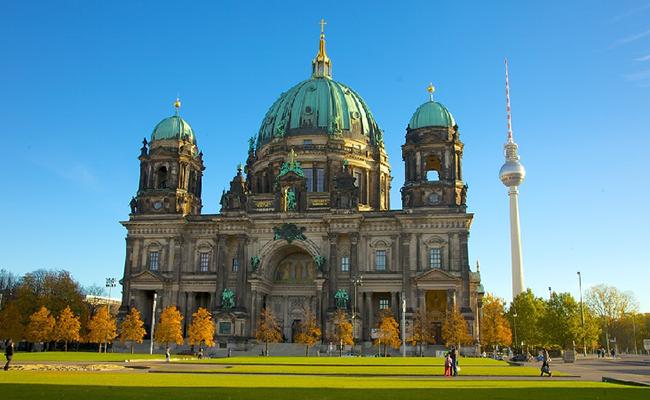 Nhà thờ Berlin, điểm du lịch trên cả tuyệt vời ở Đức