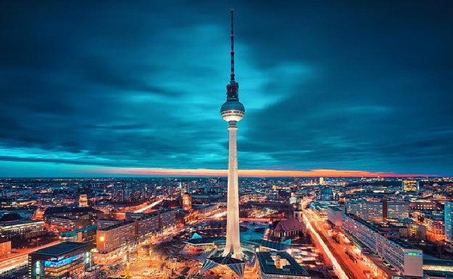 Fernsehturm- Tháp truyền hình Berlin
