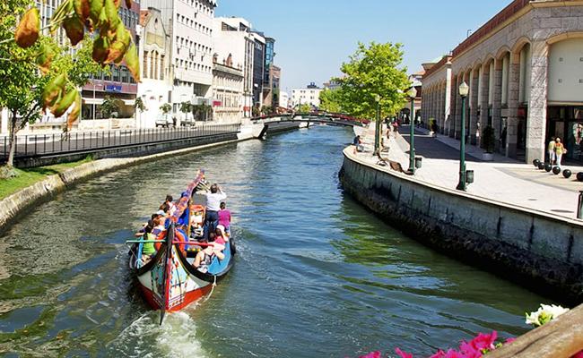 Địa điểm thu hút khách du lịch Bồ Đào Nha – Aveiro