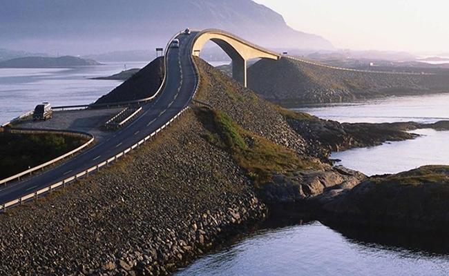 """Con đường """"nghẹt thở"""" Đại Tây Dương"""