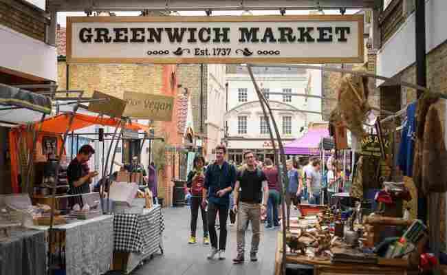 du lịch anh mua gì - khu chợ greenwich