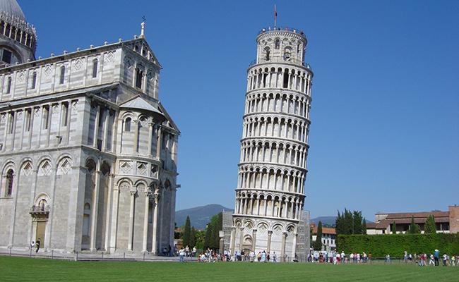 Tháp nghiêng Pisa có từ khi nào?