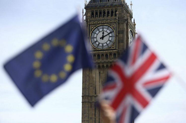 Tháp đồng hồ Big Ben - Xin visa du lịch Anh có khó không