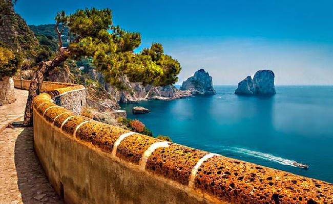 Các chi phí phổ biến bạn nên biết khi đến Naples