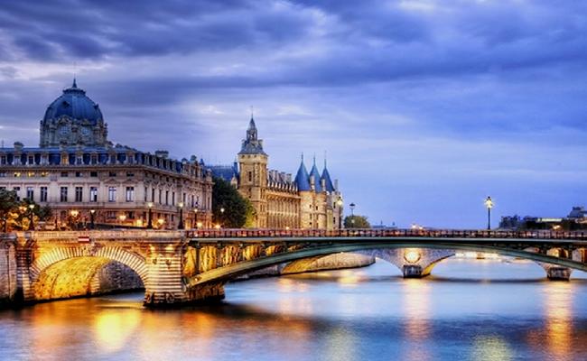 Các chi phí cần thiết khi du lịch Pháp
