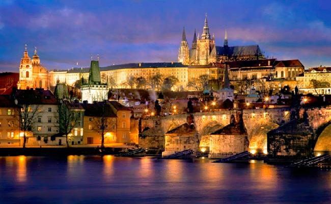 Khám phá những địa điểm du lịch độc đáo ở Séc