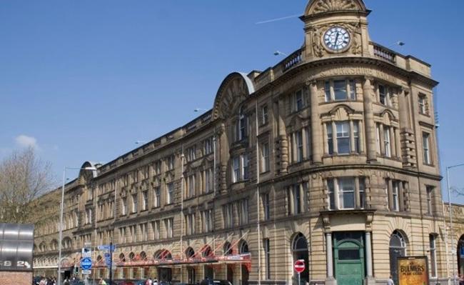 Các chi phí cần thiết bạn nên biết khi đến Manchester
