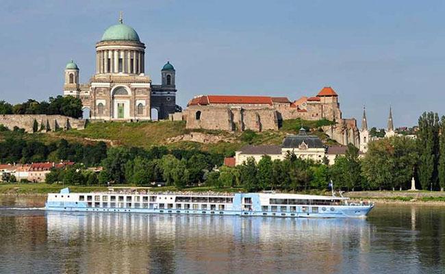 Khám phá cung điện Buda đầy huyền bí ở Hungary