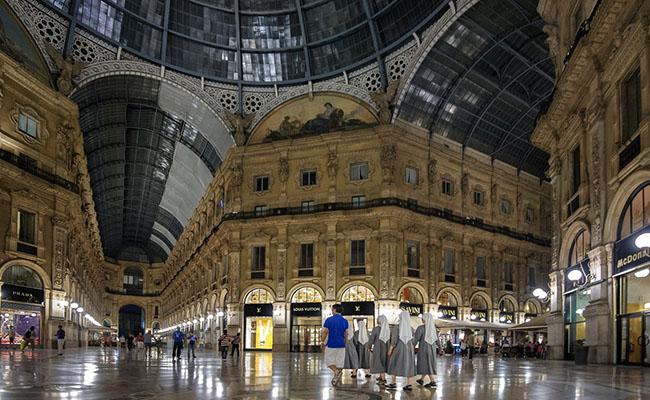 Milan,Ý