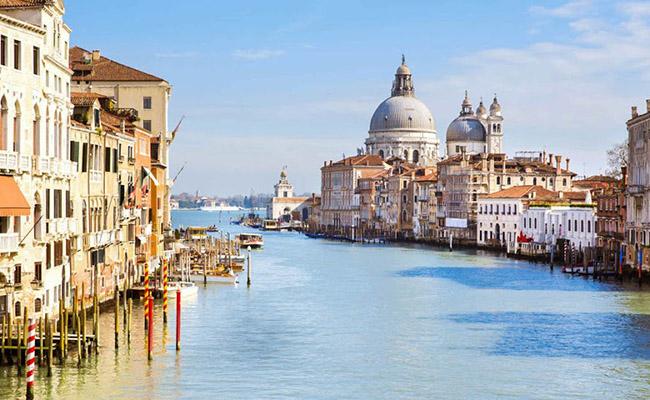 10 địa điểm du lịch tuyệt vời bạn không thể bỏ qua tại Venice