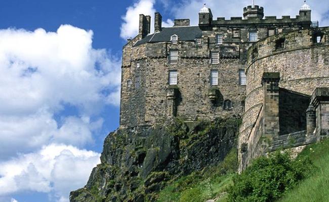 Địa điểm du lịch ở Scotland bạn không thể bỏ qua