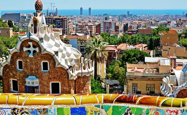 Những công trình với Kiến trúc Gaudi đặc trưng