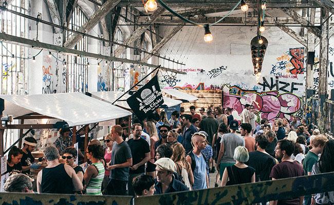 Chợ Berlin Village, Berlin, Đức