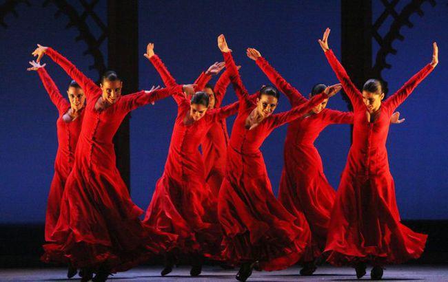 du-lich-chau-au-le-hoi-bienal-de-flamenco-sevilla