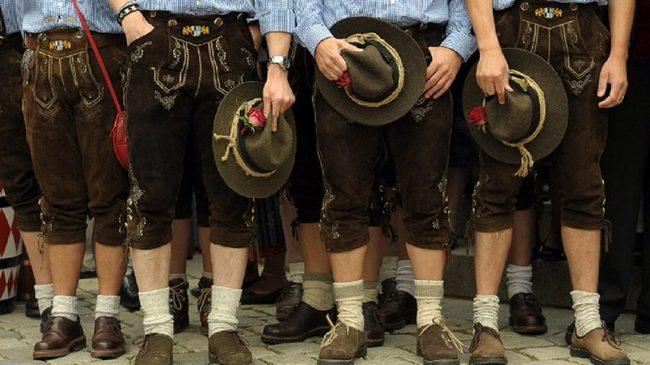 du lịch Đức - Lederhosen