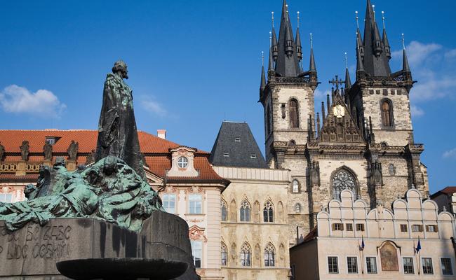 địa điểm du lịch Prague - nhà thờ Týn