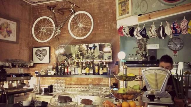 du lịch Barcelona - Bicioci Cafe Barcelona