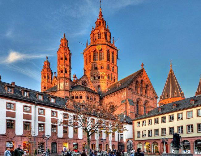 du lịch Đức - nhà thờ Mainz