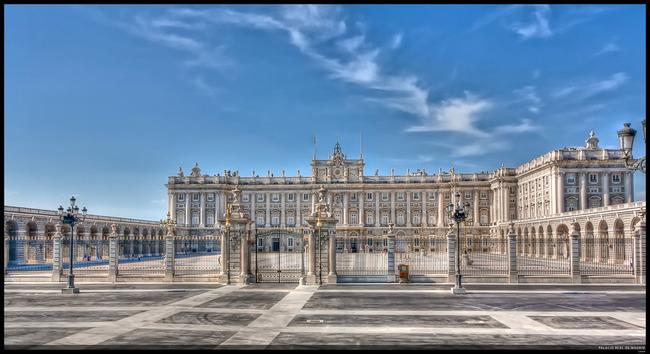 du lịch Madrid - cung điện Hoàng Gia