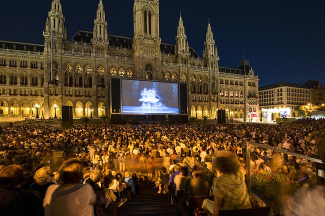du lịch Vienna - rạp chiếu phim ngoài trời