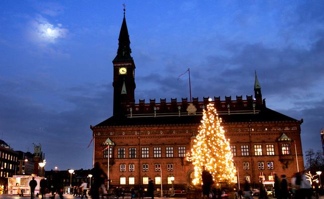 tour du lịch Bắc Âu - Tòa thị chính