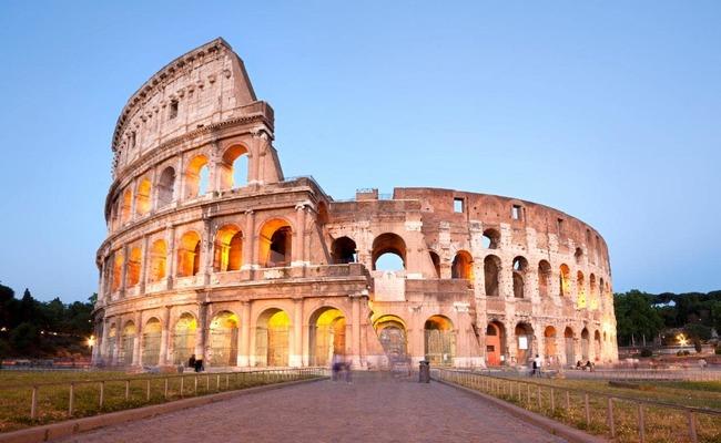 đất nước Ý- đấu trường Colosseum
