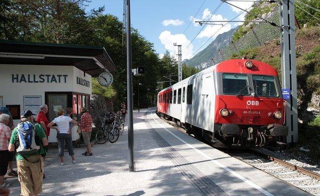 kinh nghiệm du lịch Hallstatt - tàu đường dài
