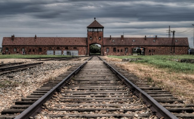kinh nghiệm du lịch Warsaw - trại tập trung Auschwitz