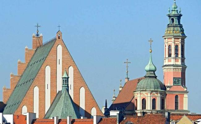 kinh nghiệm du lịch Warsaw - nhà thờ thánh John the Baptist