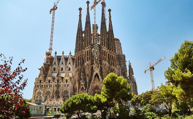 thành phố barcelona - la sagrada familia