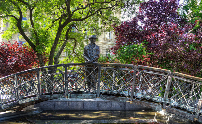 thành phố Budapest - tượng Imre Nagy