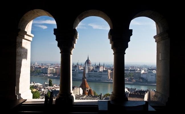 thành phố Budapest - quán cafe tại pháo đài Fisherman