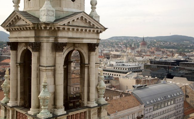 thành phố Budapest - tháp nhà thờ St.Stephen