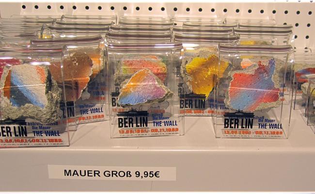 các mảnh của bức tường berlin