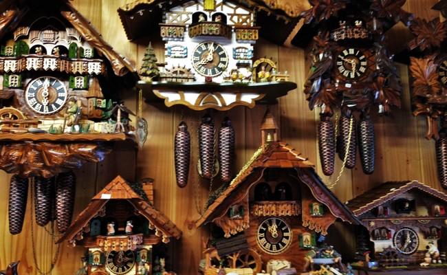 đi đức nên mua gì về làm quà - đồng hồ cuckoo