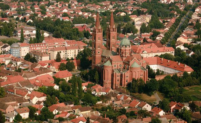 du lịch croatia tự túc - nhà thờ davoko