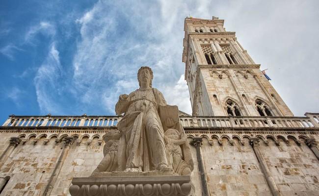 du lịch croatia tự túc - nhà thờ trogir