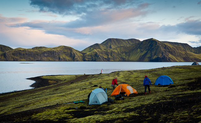 du lịch iceland giá rẻ - cắm trại