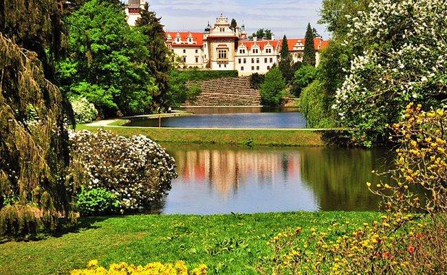 những điểm du lịch ở séc - công viên Průhonice