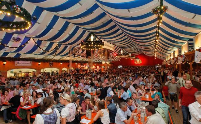 nước đức có gì nổi tiếng - oktoberfest