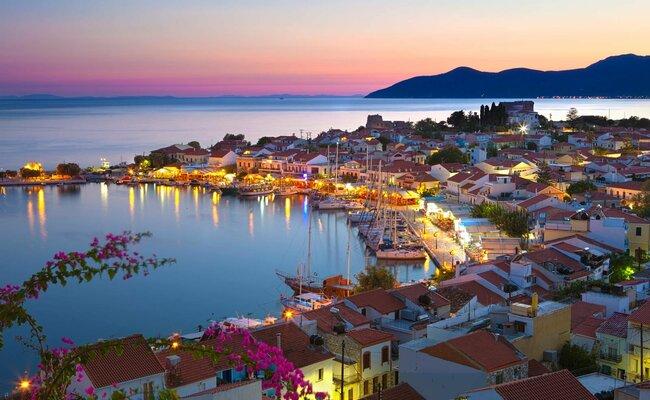 Các bãi biển ở Hy Lạp vào mùa hè